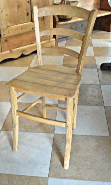 SR12 quattro sedie